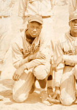 """HAROLD 'HOOKS' TINKER"" SIGNED 1928 PITTSBURGH CRAWFORDS NEGRO LEAGUE TEAM PHOTO WITH JOSH GIBSON."